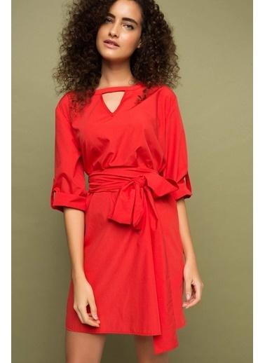 DeFacto Kemer Detaylı Elbise Kırmızı